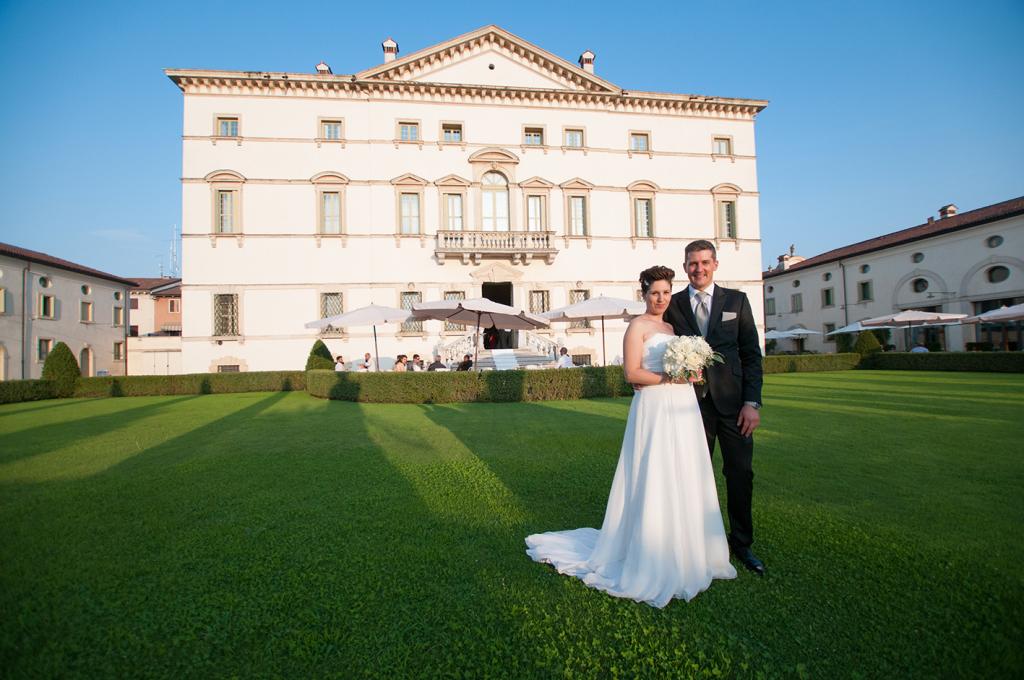 Sposi a Villa Vecelli Cavriani