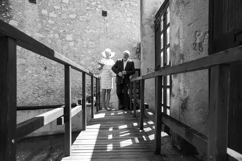 german_newlyweds_in_garda_lake_013