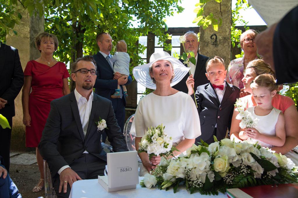 german_newlyweds_in_garda_lake_020