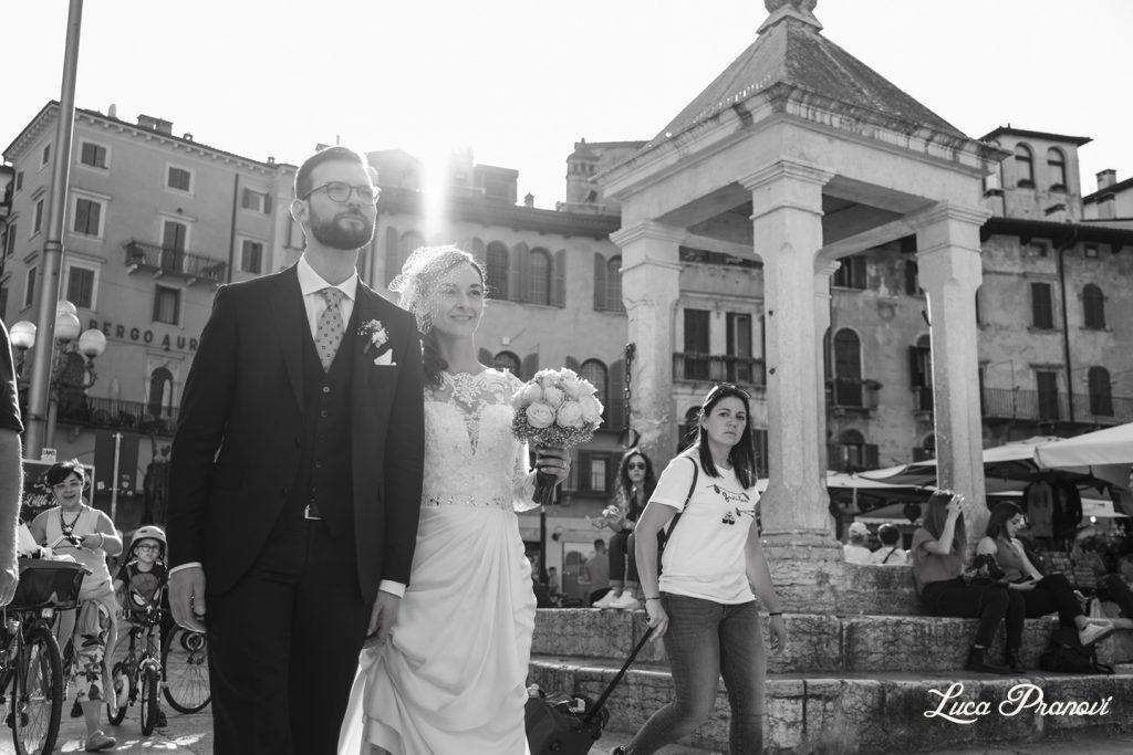fotografia matrimonio di strada